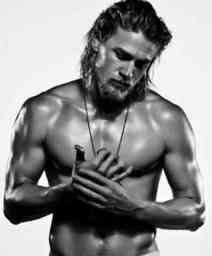 Butch-Manly-Virile-Charlie-Hunnam-6